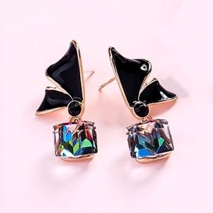 2/$20!  Gold/Black Mystic Crystal Cube Earrings
